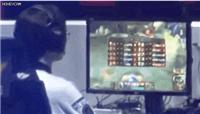 LOL:Faker比赛第一视角曝光,一秒五切屏这手速也太快了吧!